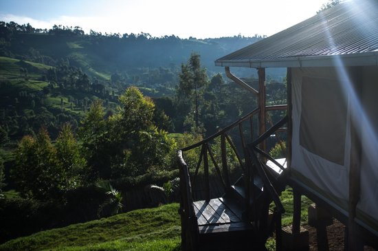 Aberdare Cottages Dream: Tented rooms overlooking the valley