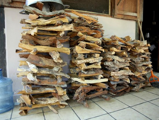 Finca San Juan de la Isla: wood