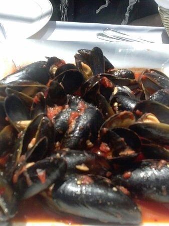 Logan Inn: Mussels