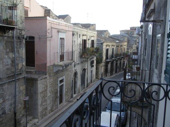 Casa Albergo Le Cinque Luci : vista dal balcone