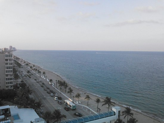 The Westin Beach Resort, Fort Lauderdale : View from south tower