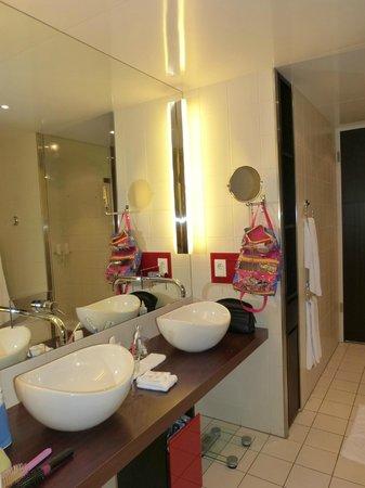 Radisson Blu Hotel, Berlin: Duas cubas
