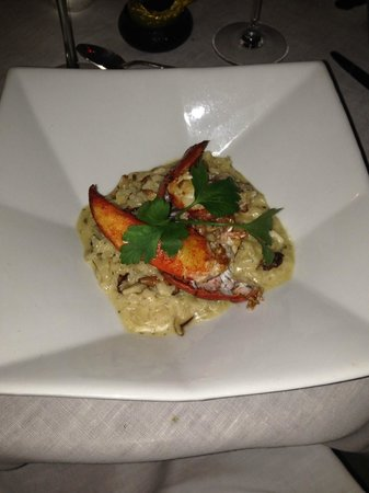 Pied a Terre : Main course - wild mushroom risotto with lobster