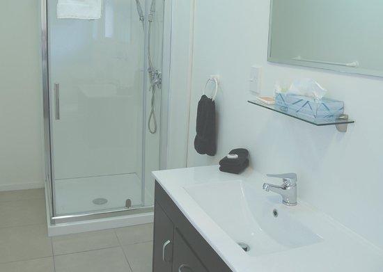 Bounty Motel: Bathroom superior studio