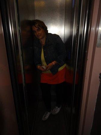 Plug-Inn Hostel: kleiner Aufzug