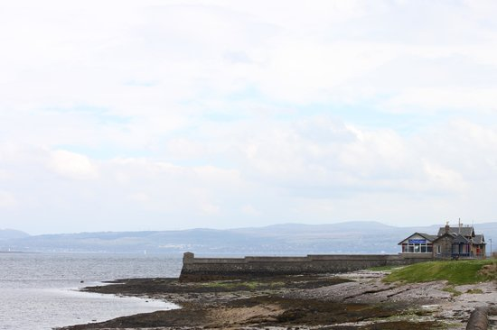 The Pier at Craigmore: Outside location view