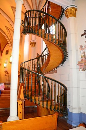 Loretto Chapel: The amazing staircase