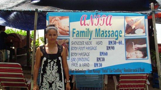 Shangri-La's Rasa Sayang Resort & Spa : Beach massage