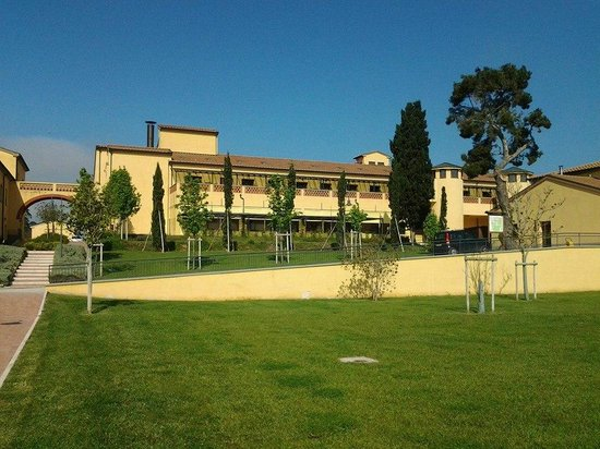 Poggio all'Agnello Country & Beach Residential Resort: esterni