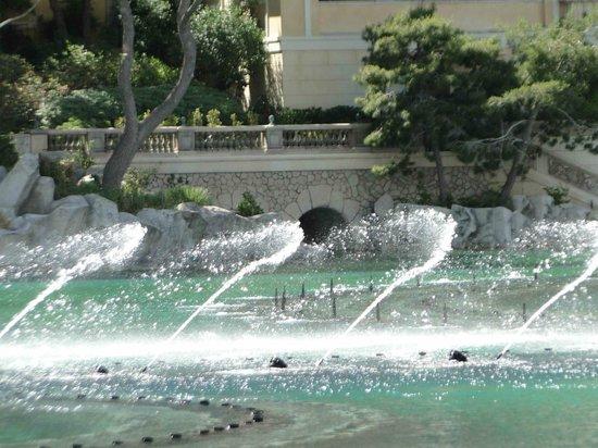 Fontaines du Bellagio : BELLAGIO FOUNTAINS