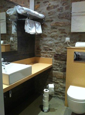 Hotel Montenegro Compostela: A casa de banho