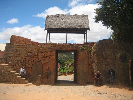 Den gamle byport til Ambohimanga