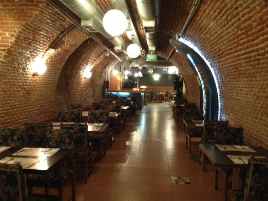 Hotel Victoria 4: Salão amplo do café da manhã