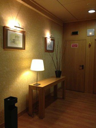 Hotel Victoria 4 : Hall dos elevadores
