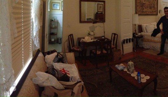 Royal Elizabeth Bed and Breakfast Inn: Ryan Patrick Suite