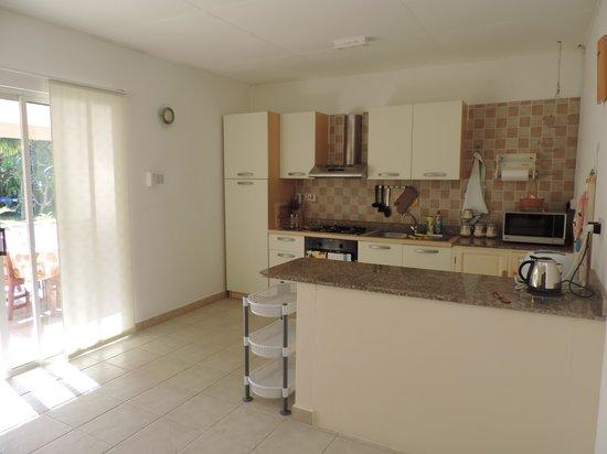 Villa Gaiarda: cucina accessoriata