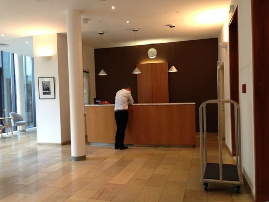 Hotel Das Triest: lobby and receiption area