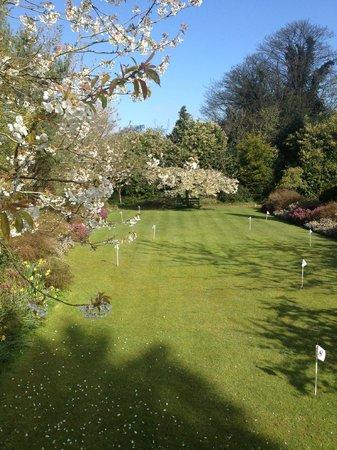 Rudloe Arms: Croquet lawn