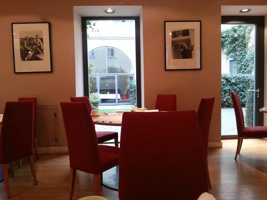 Hotel Das Triest: breakfast area