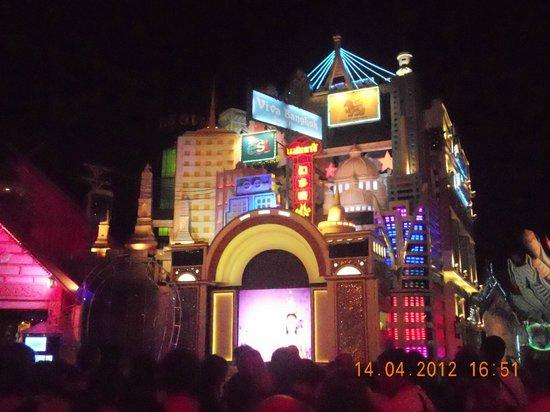 Phuket FantaSea : Вид на павильон