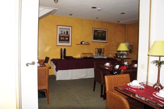 HOTEL FRANCE EIFFEL : Zona colazione