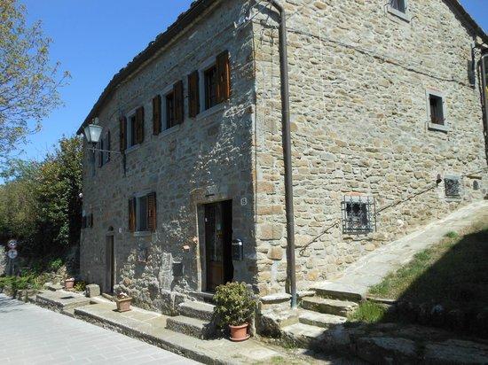 Le Mura Etrusche: Front of building