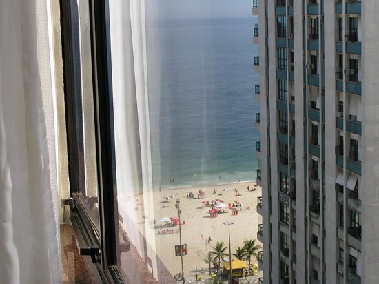 Golden Tulip Ipanema Plaza: Vista parcial playa
