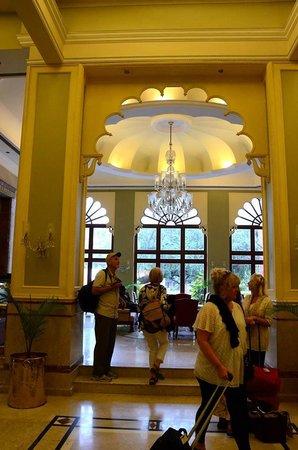 The Gateway Hotel Ganges Varanasi : The main lobby entrance