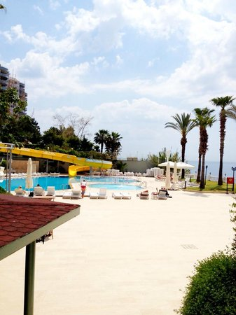 Antalya Adonis Hotel : pool area in hotel