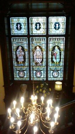 Chateau Impney Hotel & Exhibition Centre: Stunning windows