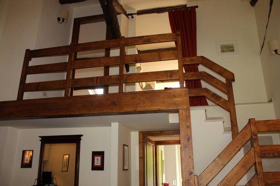Casale di Tormaggiore: scale siute 3