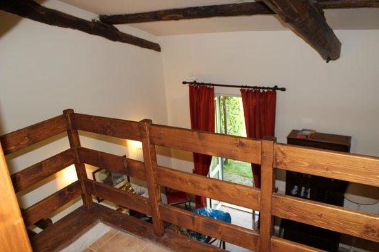 Casale di Tormaggiore: dal primo piano suite 3 ingresso giardino privato