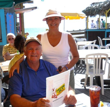 Hampton Inn & Suites Swansboro / near Camp Lejeune at Bear Creek Gate : lunch at the beach