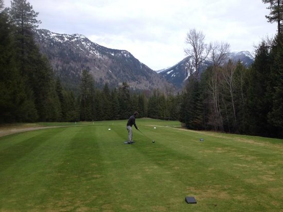 Kokanee Springs Golf Resort : Great golf conditions for such an early opening