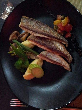 HANgoût Restaurant : Dorade et petits légumes