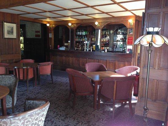 Mercure Burton Upon Trent Newton Park: Bar