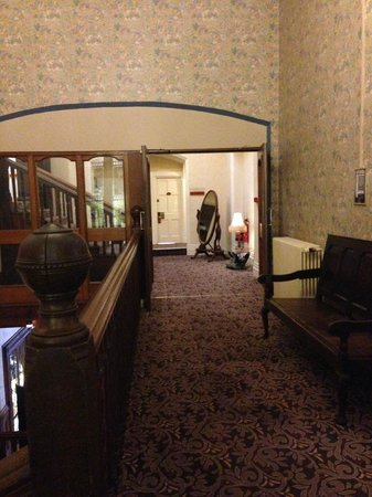 Mercure Burton Upon Trent Newton Park: Stairs