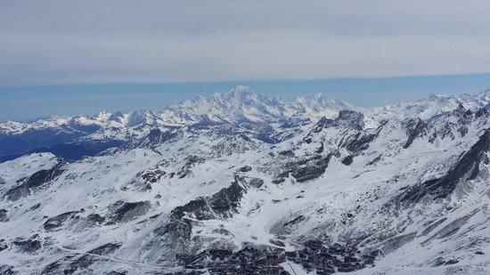 Hotel & Résidence LE PORTILLO : vue sur le Mont Blanc depuis la Cime Carron