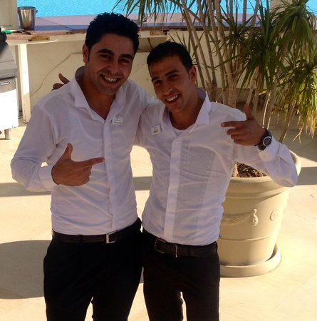 Tirana Aqua Park Resort : Great staff, Mohamed & Ahmed in the pool bar