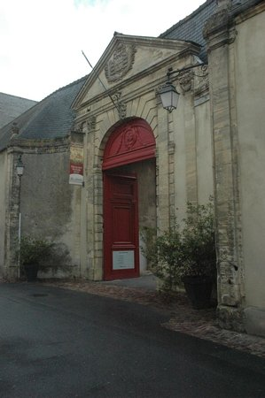 Museo del Tapiz de Bayeux: Entrance to the Bayeux Tapestry Museum complex
