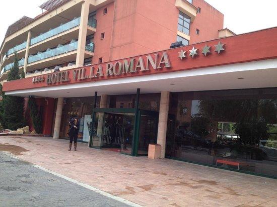Ohtels Vil.la Romana: entrée de l'hotel