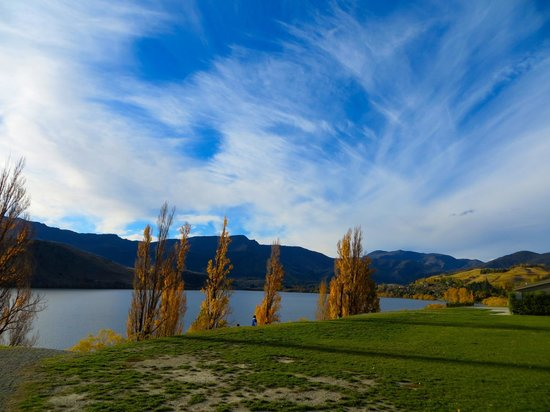 Queenstown Tours: Lakeside tea and coffee