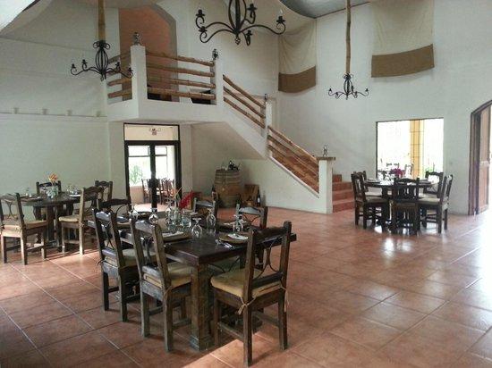 Zamora Estate Hotel: Salón