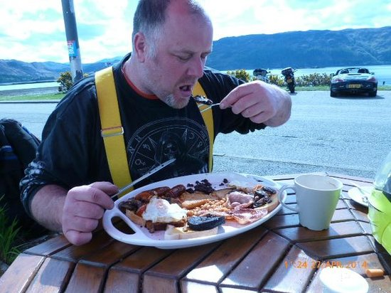 Waterside cafe: munching away