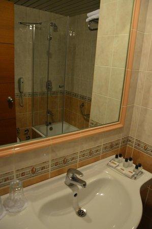 Blanca Hotel: bagno