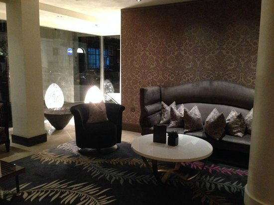 The Marylebone : more reception areas
