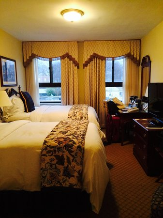 Historic Hotel Bethlehem: room