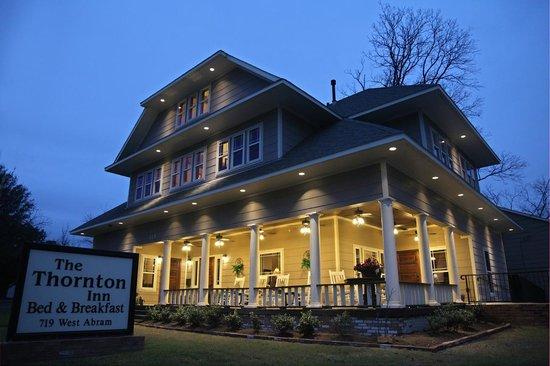 إقامة وإفطار بفندق ذا ثورنتون إن