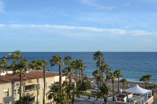 Almunecar Playa Spa Hotel: Vista habitacion