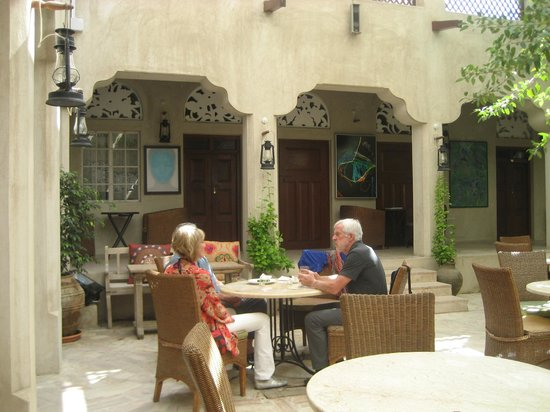 Xva caf courtyard picture of xva cafe dubai for Xva hotel dubai